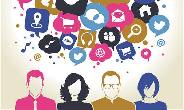 10 Digital Experts Share Their Top Social Media Tips